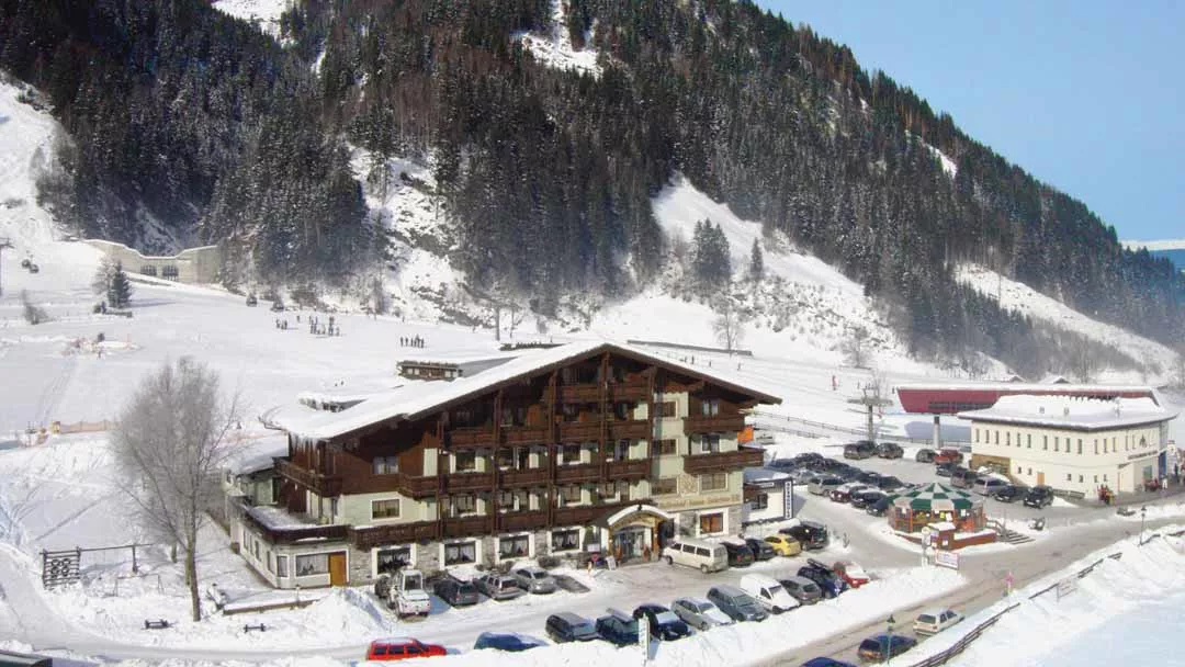crystal ski rauris austria ski special last minute offer