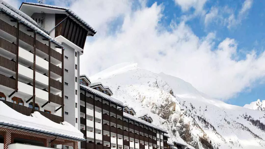 crystal ski laThuile apartment offer in italy